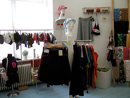 "Bild ""Dress to Move - Showroom"""